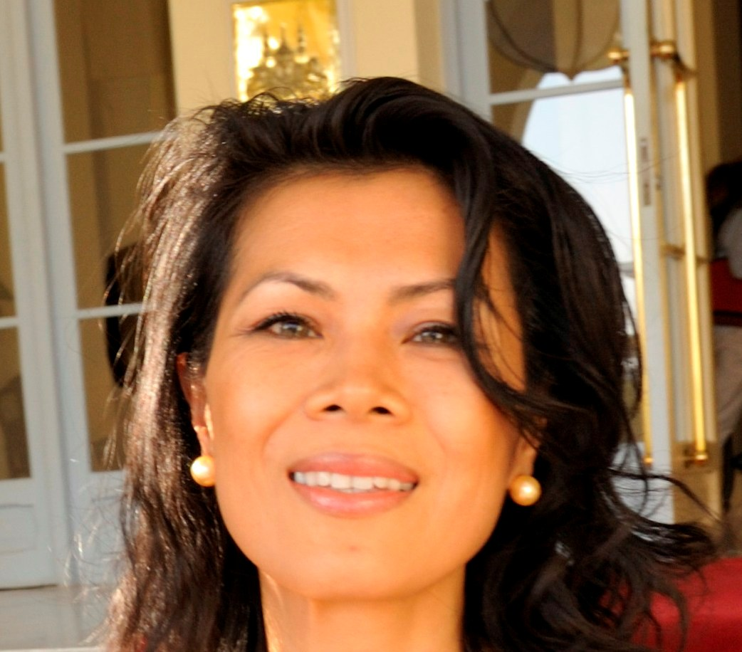 Theary Seng (Le Royal, Roland Neveu, Dec. 2009)