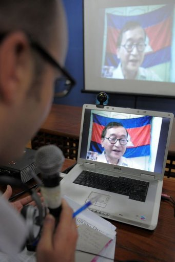 Sam Rainsy as seen during video conference, AFP 24 Sept. 2010