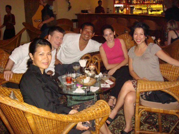 Loung Ung and Theary Seng at Elephant Bar (Phnom Penh, December 2009)