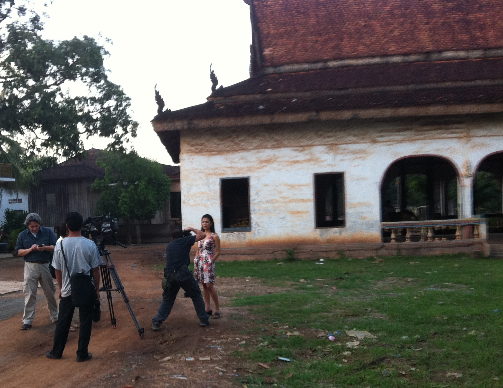 Theary Seng BBC filming at Wat Champa, 20 Nov. 2011